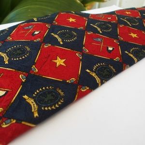 Tommy Hilfiger Lion Herald Flags And Star VINTAGE